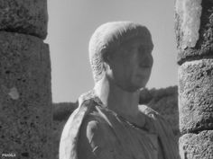 Basílica. Siglo I dc. Estatua colosal de Trajano. Conjunto Arqueológico de Baelo Claudia. Bolonia. Cádiz