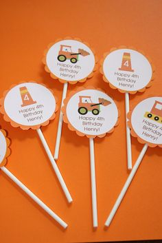 I like these cupcake toppers