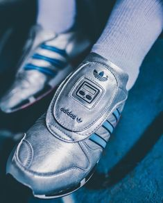 more photos e7505 48dbd adidas Originals Micropacer