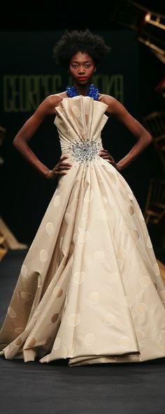 Georges Hobeika Fall-winter 2007-2008 - Couture - http://www.orientpalms.com/georges-hobeika,196