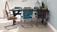Maak je eigen steigerhouten tafel samen met Praxis   Praxis Dining Room Inspiration, Color Inspiration, Retro Living Rooms, Dining Chairs, Dining Table, Interior Architecture, Interior Design, Blue Rooms, Apartment Living