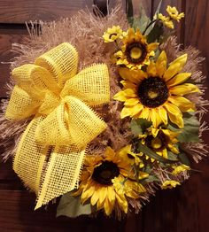 Bright and Cheery Sunflower Wreath Made by Country Mesh Wreaths & Décor by sheree Diy Fall Wreath, Summer Wreath, Holiday Wreaths, Spring Wreaths, Wreath Ideas, Burlap Crafts, Wreath Crafts, Sunflower Wreaths, Grapevine Wreath
