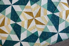 Stardust Quilt by Fresh Lemons Quilts : Faith Talk about an art piece. This is awesome.