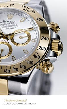 Rolex Cosmograph Daytona in yellow Rolesor.