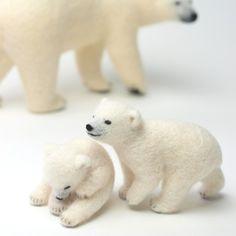 【羊毛フェルト】ホッキョクグマの赤ちゃんに兄弟を作りました。Needlefelt Polar bears