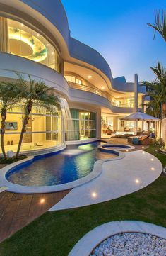 Modern Villa Design, Dream Mansion, Modern Mansion, Luxury Homes Dream Houses, Expensive Houses, Modern Architecture House, Dream House Exterior, Dream Home Design, House Goals