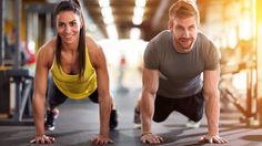 Selecionamos 5 exercícios que pode fazer a pares no ginásio. Exercícios divertidos para perder calorias e ficar em forma acompanhado! Experimente.