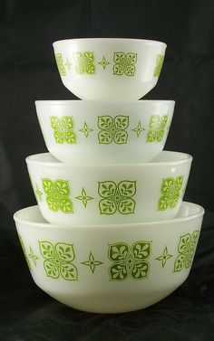 The square blossom design first appeared during the mid 1960s on golden brown 470/480 casseroles named Autumn Floral.  The green version was available from the late 1960s to the early 1970s, but exact dates are not known.