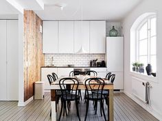 Smart Small Spaces: The One Wall Kitchen Layout Swedish Kitchen, Scandinavian Kitchen, Kitchen White, Scandinavian Design, Minimal Kitchen, Nordic Kitchen, Scandinavian Apartment, Scandinavian Interiors, Decorating Kitchen