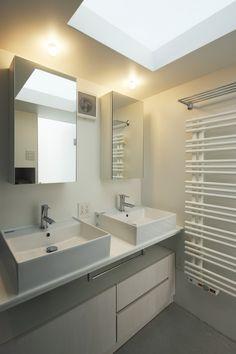Daylight House by Takeshi Hosaka Architects | HomeDSGN