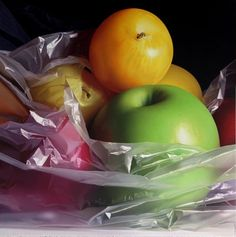 Fruit...by Pedro Campos, hyper-realistic paintings