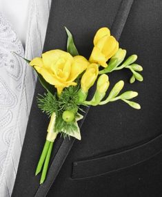 http://www.arlenesflowers.net/product/prom0642011/glowing-yellow
