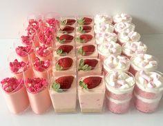 Pinks for a special little princess💕💕💕 Shot Glass Desserts, Pink Desserts, Wedding Desserts, Dessert Buffet, Dessert Bars, Dessert Food, Delicious Desserts, Dessert Recipes, Yummy Food