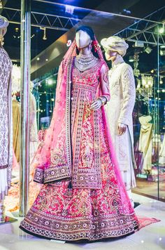 Tarun Tahiliani Bridal Couture. Pink Indian bridal clothing