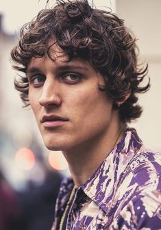 Hairstyles messy 15 Surfer Hairstyles: An Iconic Tousled Style and More Messy Curls Lying Around Long Curly Hair Men, Undercut Curly Hair, Messy Curly Hair, Men Blonde Hair, Curly Hair With Bangs, Curly Hair Cuts, Curly Hair Styles, Messy Curls, Red Hair
