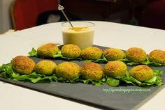 polpette di zucchine salsa allo yogurt e pistacchi 3