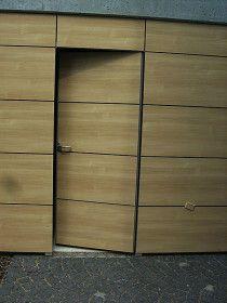 fl chenb ndiges sektionaltor in euskirchen verkleidung alublech eloxiert architekt fachwerk4. Black Bedroom Furniture Sets. Home Design Ideas