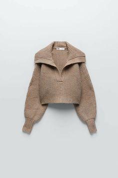 Zara, Minimal Classic Style, Estilo Madison Beer, Jersey Oversize, Cropped Knit Sweater, Long Balloons, Leggings, Knit Fashion, Fashion Outfits