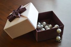 Luxury Gift Box with Quilling Ornament Small Origami by KAGITLIK