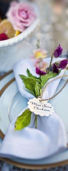 Creative Wedding Ideas for Table Napkins