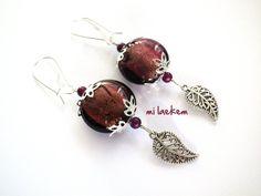 Ravissantes Boucles d'oreille aux Feuilles argentées et Perles de verre Violine : Boucles d'oreille par milaekem-bijoux