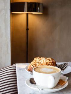 Cafés und Restaurants in Canggu und Seminyak (für Vegetarier und Veganer geeignet) Tofu Scramble, Kuta, Bali, Restaurants, Tableware, Life, Vegetarian, Vegans, Side Dishes