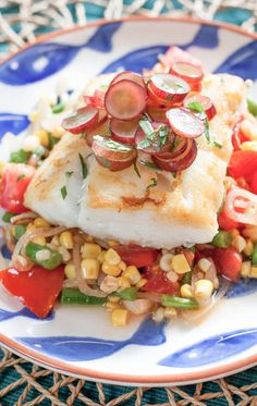 Pan-Seared Cod with Pickled Grapes & Summer Succotash - Fish For Healthy Life Fish Recipes, Seafood Recipes, Healthy Recipes, Seafood Dishes, Healthy Meals, Recipies, Grape Recipes, Cod Recipes, Onion Recipes