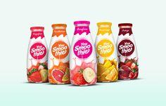 What a refreshing packaging! La Nacional Estudio Mexicano brings a splash of… Water Packaging, Juice Packaging, Beverage Packaging, Bottle Packaging, Brand Packaging, Organic Packaging, Fruit Drinks, Smoothie Drinks, Fruit Smoothies