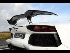 http://s1.blomedia.pl/autokult.pl/images/2013/01/Oakley-Design-Aventador-LP760-4-Dragon-Edition-fot.30-276170.jpg
