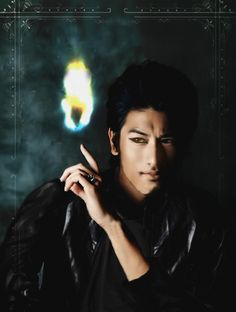 Godfrey Gao as Magnus Bane BTW hes the best cast member.