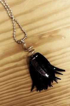 Black pendant / Czarny wisiorek