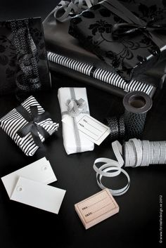 Photo: Johanna Eklöf/Formelle Design www. Black Christmas, Noel Christmas, Christmas Gifts, Christmas Decorations, Hip Hop Outfits, Chubby, Bag Packaging, Outfit Trends, Christmas Gift Wrapping