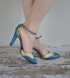 vintage 1950s/ 60s heels/ 50s/60s blue heel/ Blue Without You.