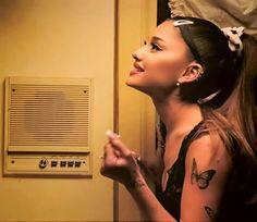 Ariana Grande, Ear, Tattoos, Tatuajes, Japanese Tattoos, Tattoo, Tattoo Illustration, A Tattoo, Tattos