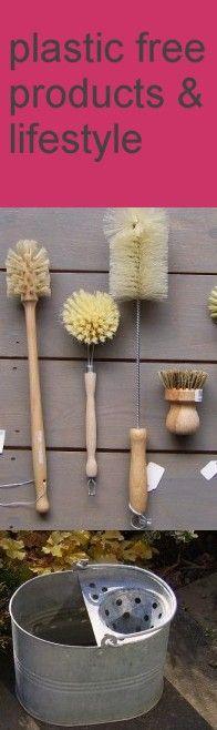 Una colección de cepilllos para la casa disponibles en shop.sinplastico.es   A to Z of plastic free products