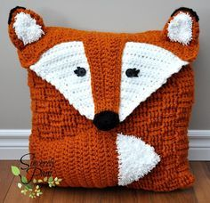 Felix the Fox Pillow Cover/Sleepover Bag Crochet pattern by Sincerely Pam Maquillage Halloween Clown, Sleepover Bag, Knitting Patterns, Crochet Patterns, Crochet Fox Pattern Free, Bag Patterns, Crochet Blocks, Animal Patterns, Afghan Patterns