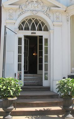 Townhouse entrance .