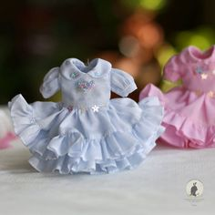 Dresses .... for Neo Blythe by RabbitinthemoonThai on Etsy