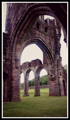 Llanthony Priory.