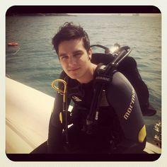Ontem realizei mais um sonho!! Conheci o mundo debaixo d'água e descobri minha nova paixao! Aqui merguuulha eim kkkk - @luansantana- #webstagram