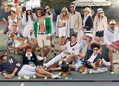 @Annie Wilson. Next project: get all of the Wilson's to take a preppy family photo like this one!!