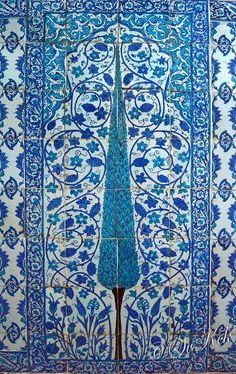 Tree of Life - Iznik ceramic tiles in The Blue Mosque,Istanbul