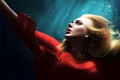 Adele under water