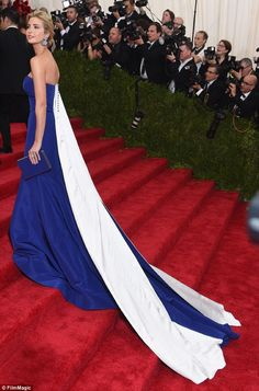 30 Best Dressed At The 2015 Met Gala, #30 Will Drop Your Jaw - flipopular