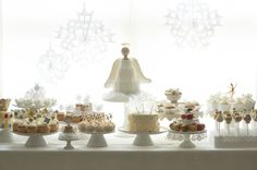 """For Martha Stewart Weddings editorial director Darcy Miller, nothing says the holidays like """"The Nutcracker."""" She created this dreamy holiday party inspired by the New York City Ballet's 2012 production of the George Balanchine classic. Nutcracker Christmas, Noel Christmas, Christmas Wrapping, White Christmas, Christmas Birthday, Ballerina Party, Little Ballerina, Angel Theme, Cupcake Wraps"""