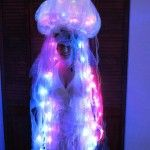 Clear salad bowl attached (glued?) to bike helmet! Luminous Box Jellyfish Halloween Costume | Green Halloween Contest