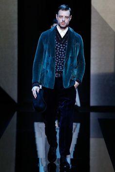 Giorgio Armani Fall 2017 Menswear Collection Photos - Vogue