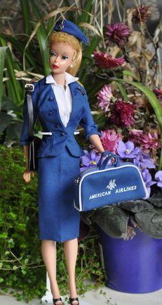 American Airlines Barbie I had this exact outfit! What nice memories! Vintage Barbie Kleidung, Vintage Barbie Clothes, Vintage Dolls, Doll Clothes, Barbie Y Ken, Play Barbie, Barbie Stuff, Marie Osmond, Beanie Babies