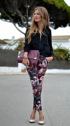 Pants with flower print || Colorful work look ❤ www.swipenshop.nl ❤