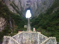 Heaven's Gate Mountain, Zhangjiajie City, China. #GateMountainn #China #Travel #AmazingPlaces